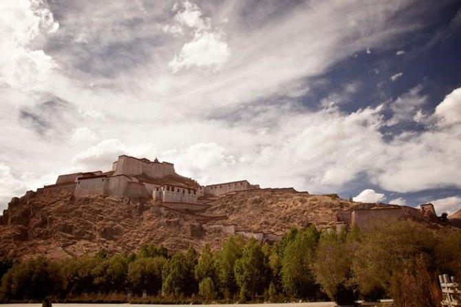 Tour privato di storia del buddismo del Tibet di 7 giorni da Chengdu a Lhasa e alla Yarlung Valley