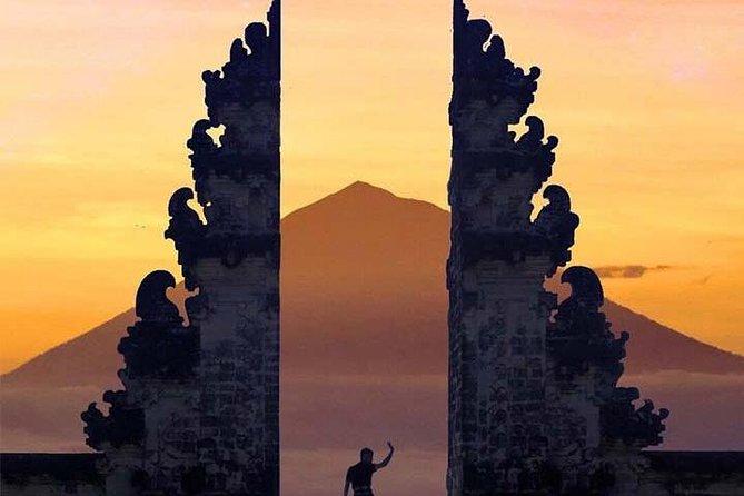 Solnedgang i Lempuyang tempel