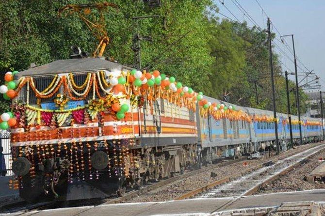 Same day by Gatimaan Express -TAJ & FORT