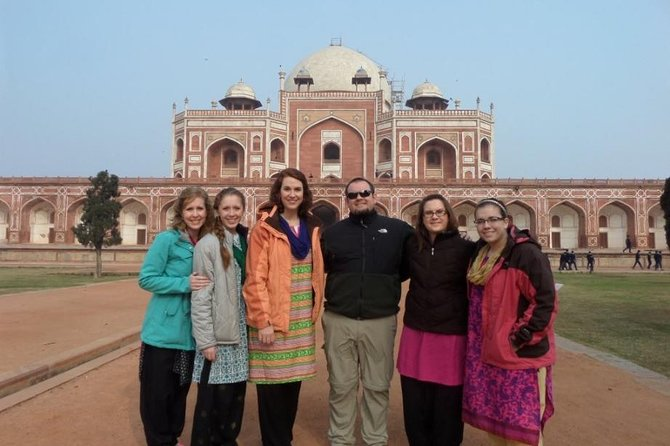 Delhi Day Tours with Lunch, Monument Entrance and Rickshaw Ride