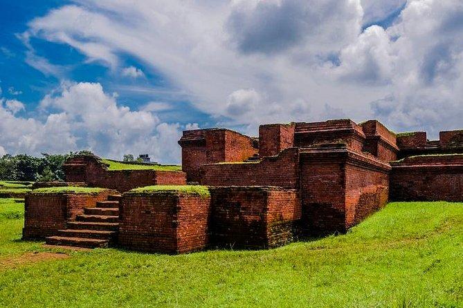 Viagem de um dia privado de Dhaka a Sonargaon e Mainamati