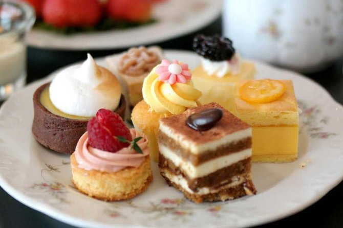 Montville, High Tea and Wine Tasting Day Tour