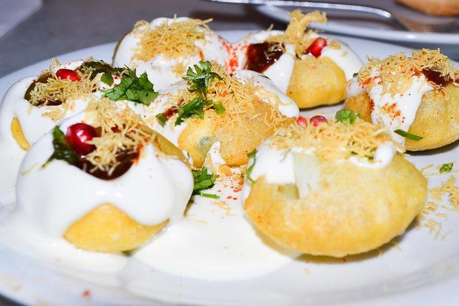 Half-Day Private Mumbai Chowpatty Tour Including Dinner