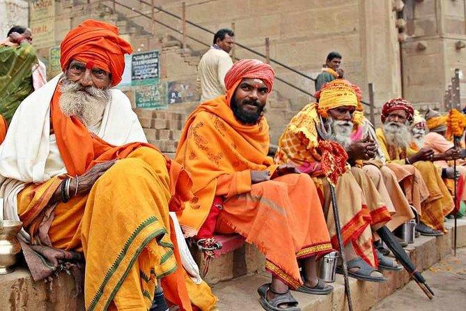 Private Half-Day Varanasi Walking Tour and Tuk-Tuk Ride at Sunrise