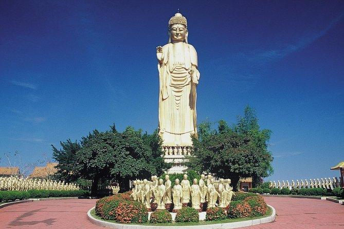 Kaohsiung Port Shore Excursion: Spiritual Fo Guan Shan Private Day Tour