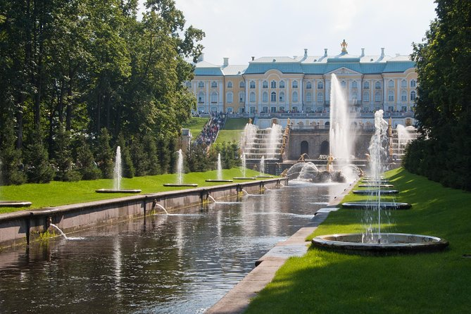 St. Petersburg & Vicinity in One Day: Tuesday's Best Visa-Free Shore Excursion