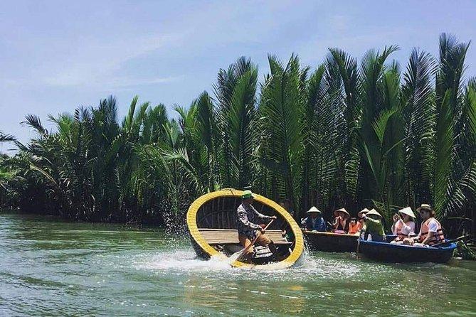 Funtastic Hoian Basketboat Tour & Crabbing