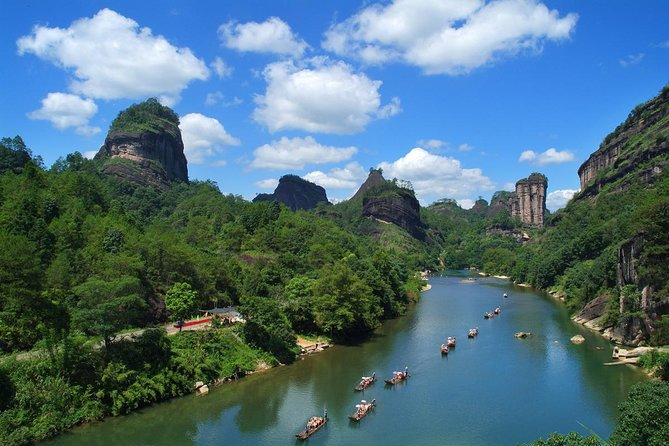 - Wuyishan, CHINA