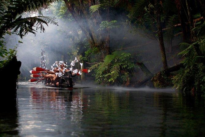 Hula Haka - Cultural Experience and Buffet