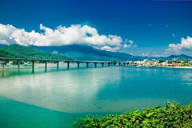 Hoi An (Da Nang) to Hue transfer scenic route over the Hai Van Pass