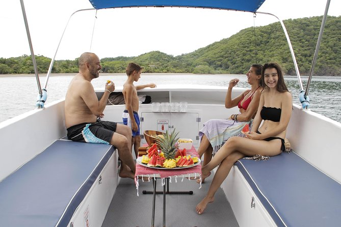Private boat family snorkel combo AM