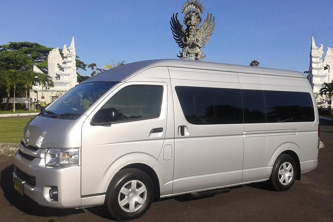 Private Arrival Transfer: Bali Airport to Hotel with Minibus Toyota HiAce up to 12 Pax