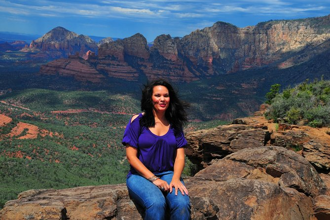 Sedona with Jerome and Montezuma Castle One-Day Van Tour