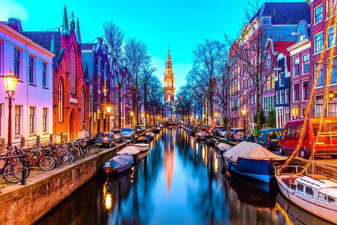 Amsterdam by yourself with English Chauffeur