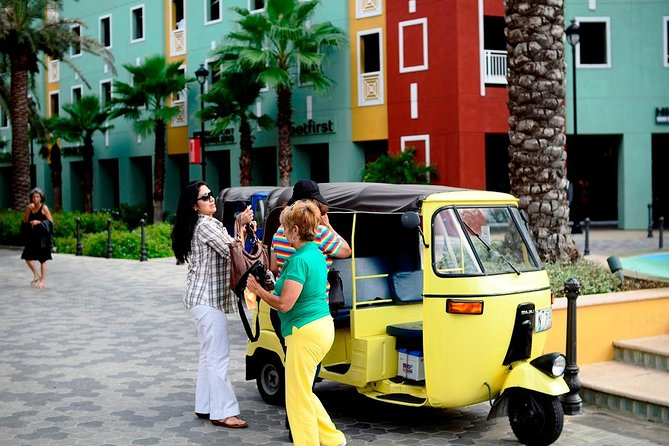 2-Hour TukTuk Rental with an Experienced Guide and Driver