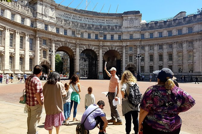 Small-Group London's Best Sights Walking Tour with Fun Local Guide