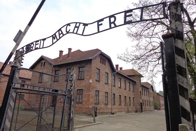 Demi-journée en bus au musée d'Auschwitz-Birkenau, au départ de Cracovie  2021 - Oswiecim (Garantie du prix le plus bas)
