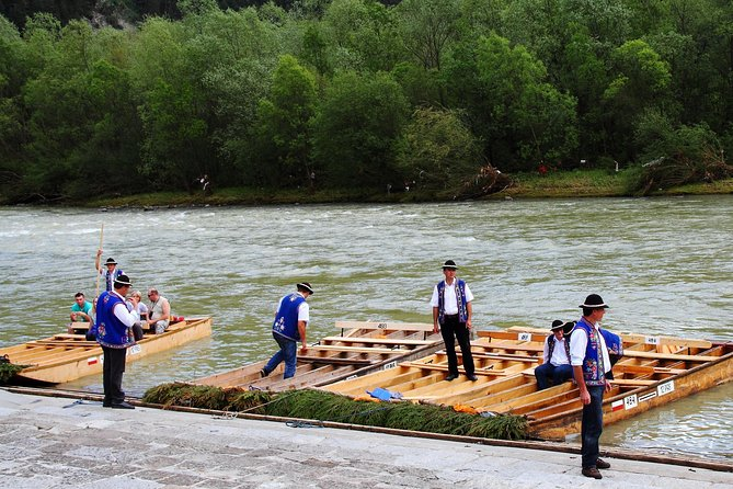 Viagem privada com rafting pelo Rio Dunajec e Castelo Niedzica