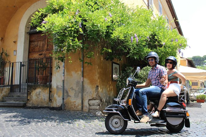 Tour privado Secret Rome by Vespa
