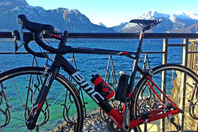 Road Bike tour in Lake Como & Bellagio