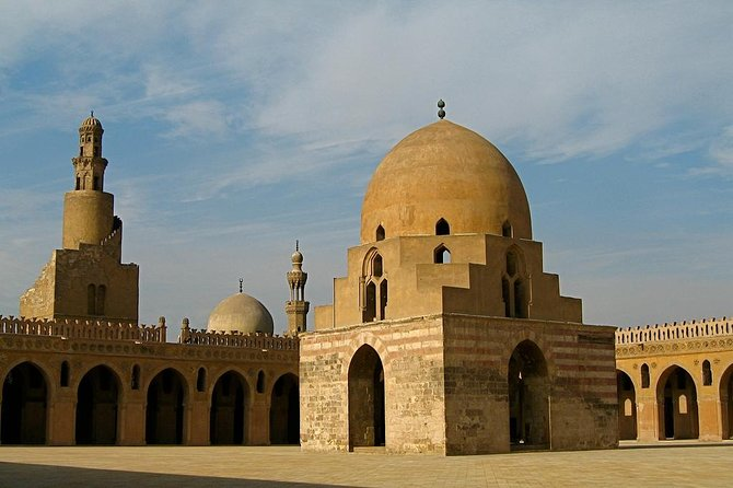 Half day tour to great Islamic heritage and mosques