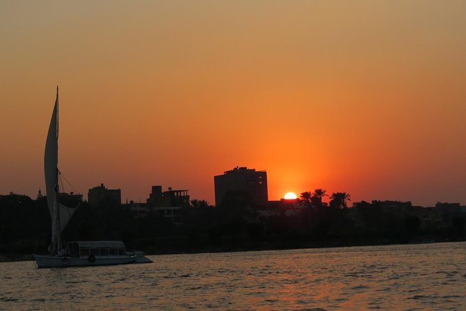 Cairo by night: the Nile, the people and history of the city