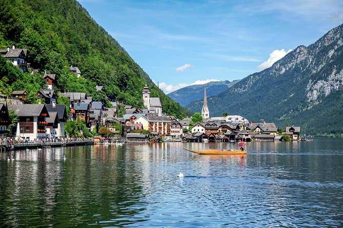 Hallstatt from Salzburg - 6-hour private Tour