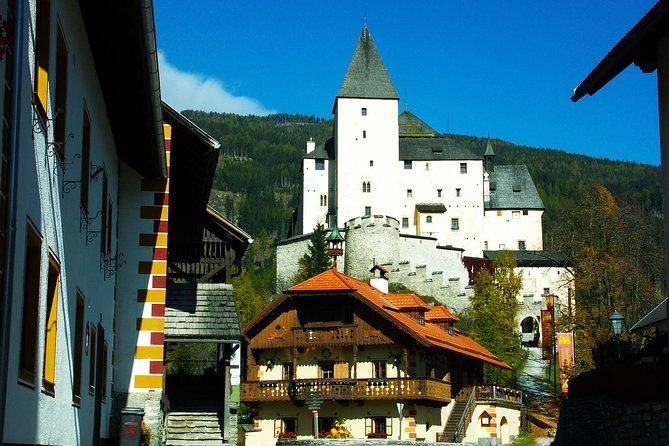 The Grand Castle Tour - Full Day privétour vanuit Salzburg