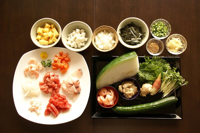 Private Japanese Cooking Lesson with an Expert Keiko in Her Tokyo Apartment