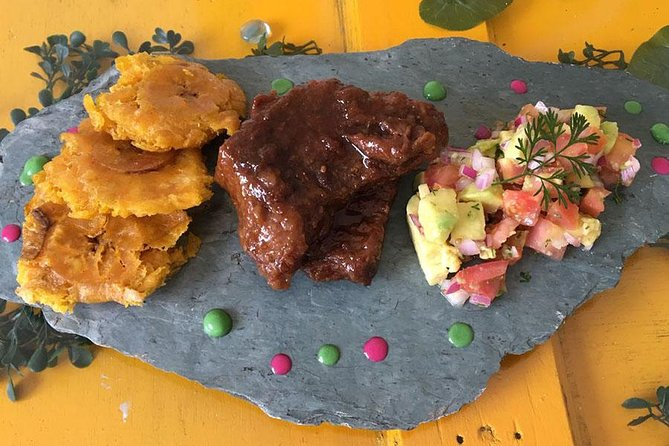 Local Market Tour and Private Gourmet Cooking Lesson with a Chef in Bogotá