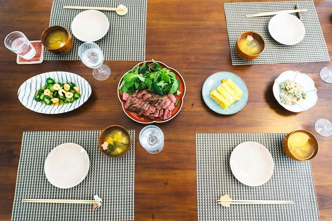 Japanese In-Home Cooking Lesson and Meal with a Culinary Expert in Osaka