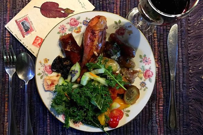 Enjoy a Locally Sourced Organic Meal in a Relaxing Home in Rural Pucón