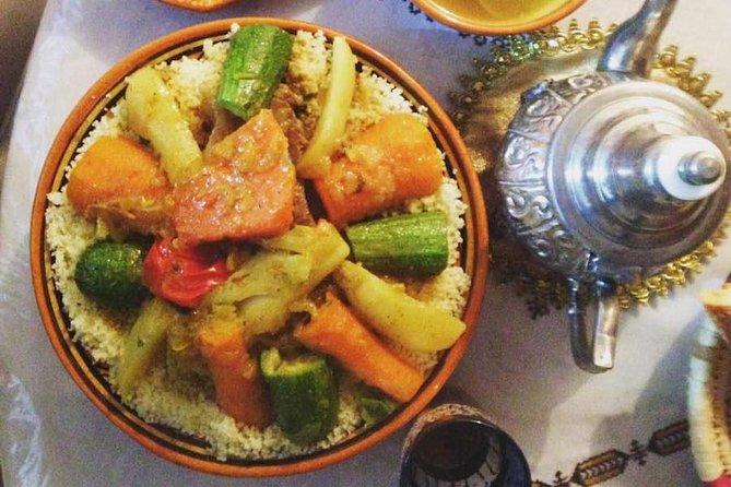 Auténtica cocina casera marroquí: clase de cocina privada con un local de Casablanca