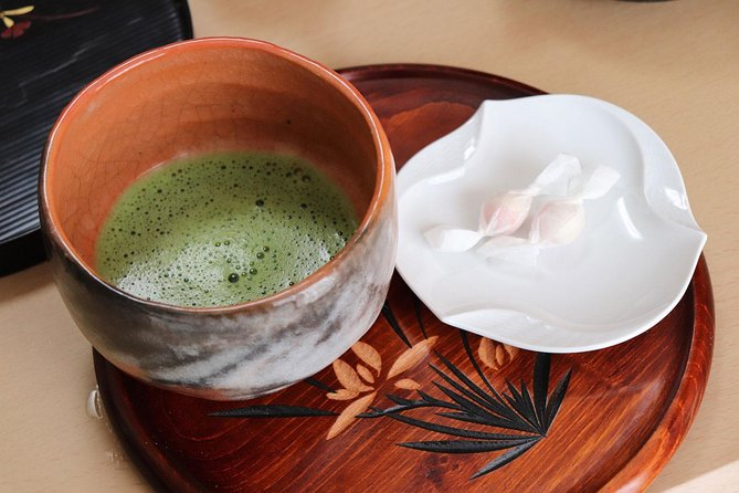 Enjoy Homemade Sushi or Obanzai Cuisine and Matcha in a Kyoto Home with a Native