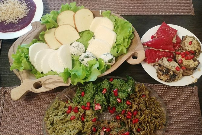 Authentic Georgian Cooking Lesson and Meal with a Mother-Daughter Duo in Tbilisi