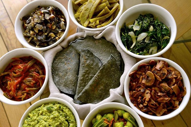 Private Mexican Cooking Lesson in a Coyoacan Apartment