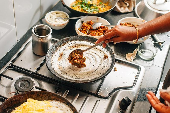 Learn to Cook Traditional South Indian cuisine at the Chennai seashore