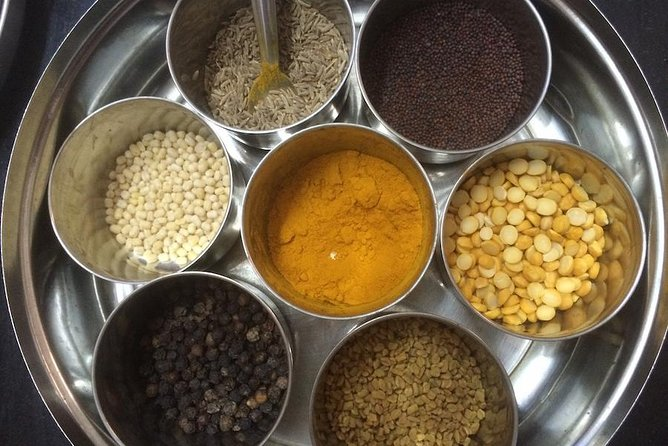 Private In-Home Vegetarian Cooking Class and Meal in Chennai