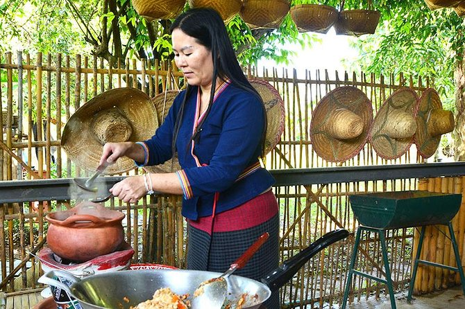 Private Cooking Class: Learn to Cook Northern Thai Food in Countryside Home