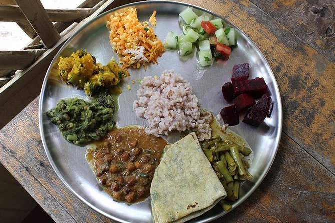 Private Market Tour and Vegetarian Cooking Lesson in Mysore with a Local