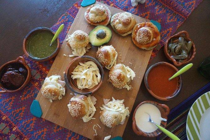 Apprenez à cuisiner des aliments authentiques Pueblan avec un restaurateur local