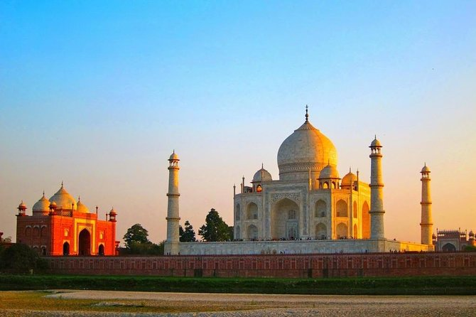 Agra,Taj Mahal with Fatehpur Sikri Day Trip from Delhi includes Guide