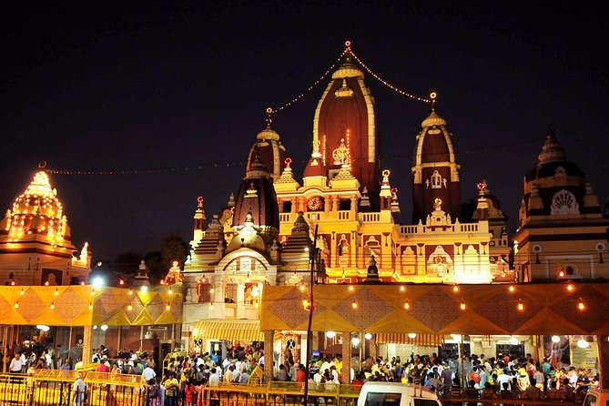 Delhi by Evening Tour by Private Air-Condition vehicle includes Dinner.