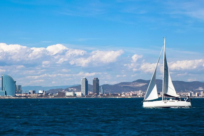Montserrat Tour & Sailing Experience Small Group from Port Vell