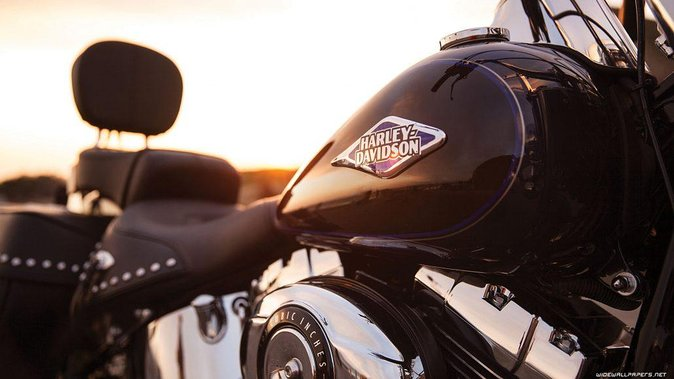 Harley Davidson Ride and Sailing Small Group Experience in Barcelona