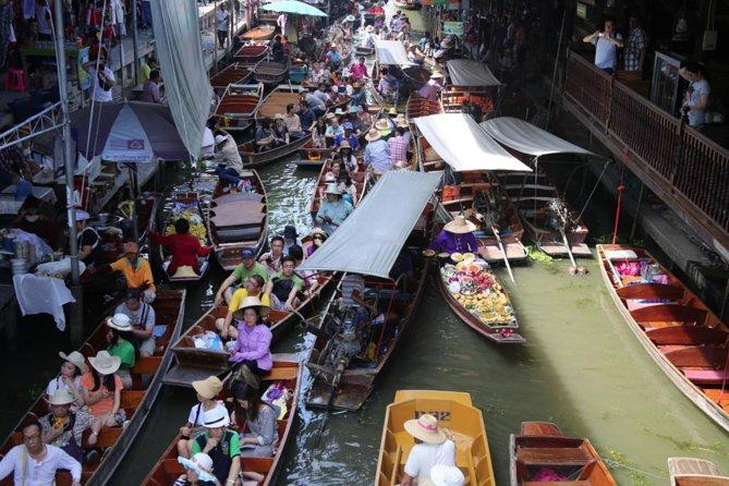 Colors of Damnoen Saduak from Bangkok
