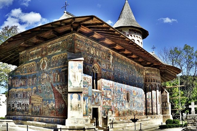 5-Day Discover Unesco's Painted Monasteries