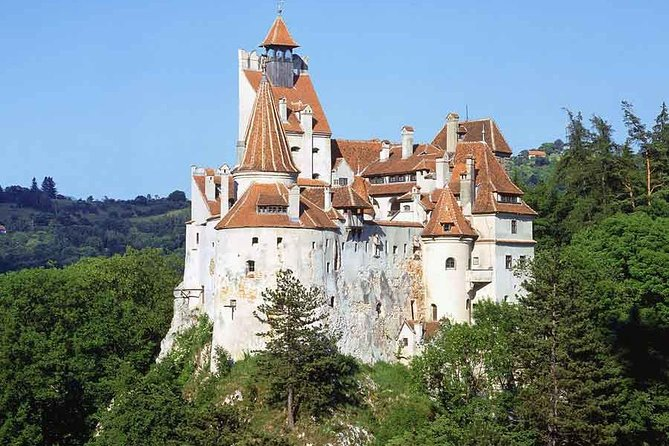 Day Trip to Dracula's Castle and Peles Castle from Bucharest