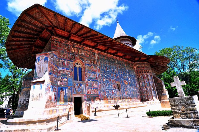 6 Days Transylvania and Bukovina Small Group Tour from Bucharest