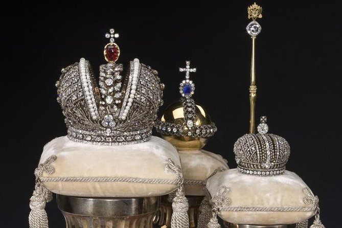 The Hermitage Private Tour: Romanoff's Jewels with a Curator and Faberge Halls